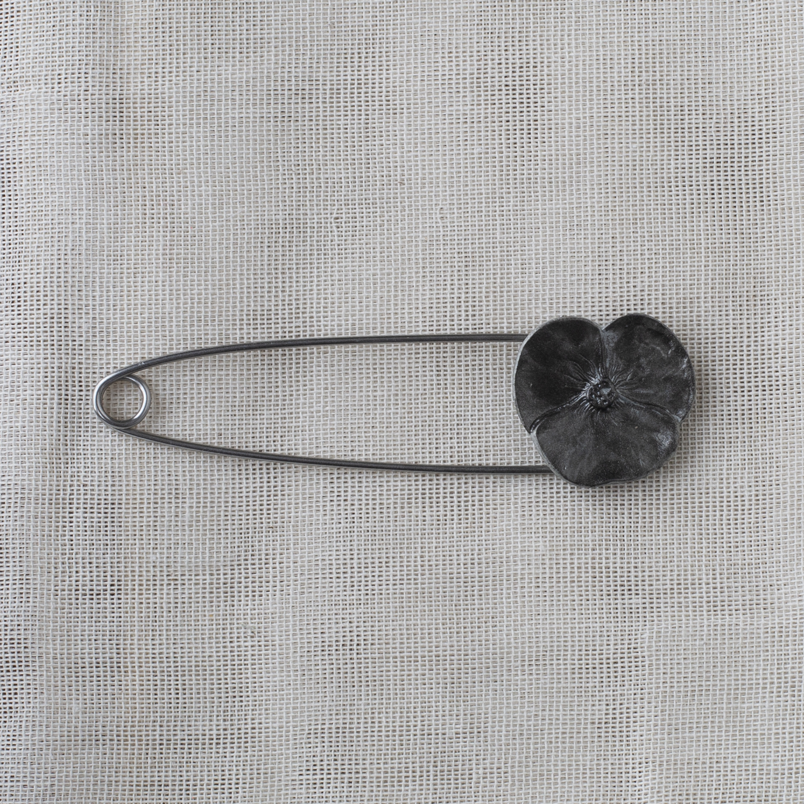 Metal Flower Brooch 9.1cm - 10 anthracite