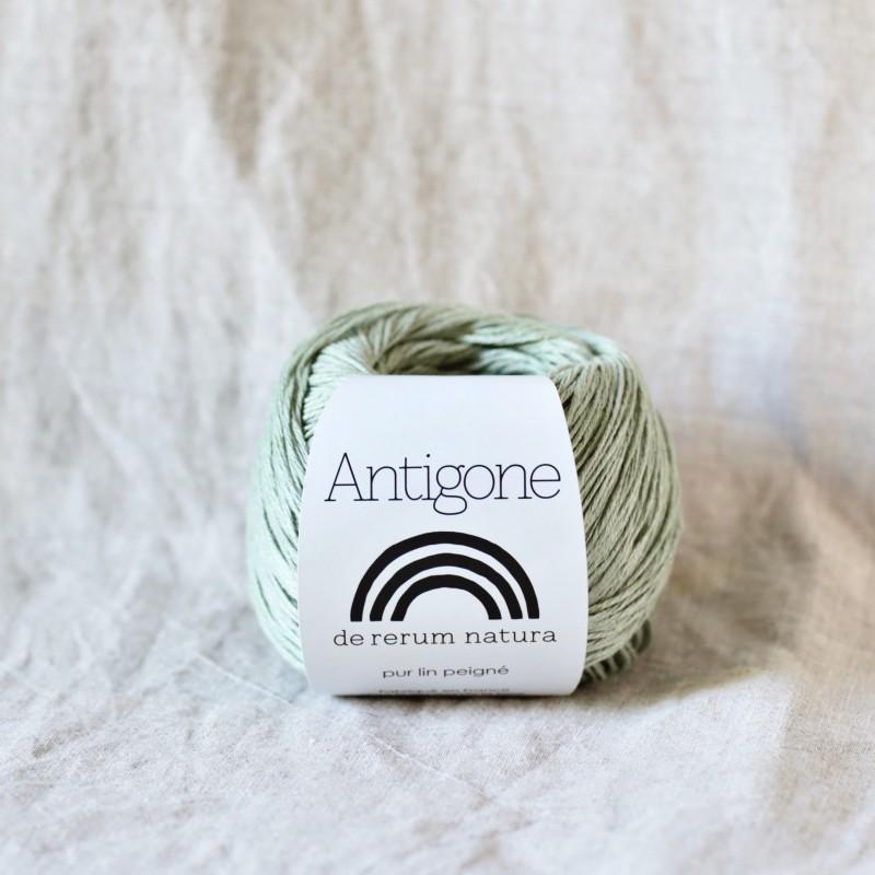 Antigone amande