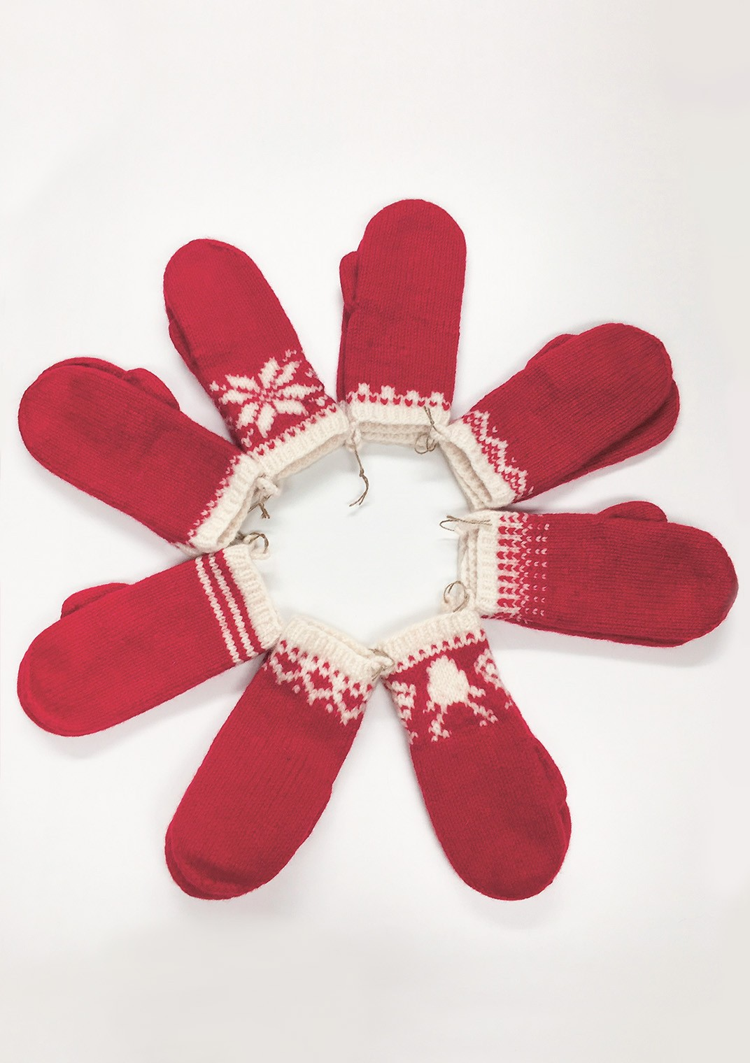 Christmas Mittens - Finnish pattern