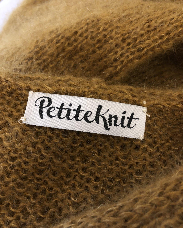 PetiteKnit -kangasmerkki