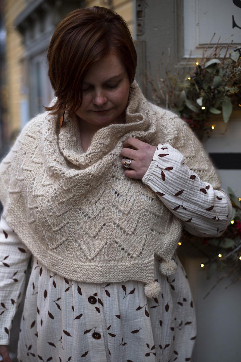 Hallanvaara Cowl Pattern + Yarn Set beige