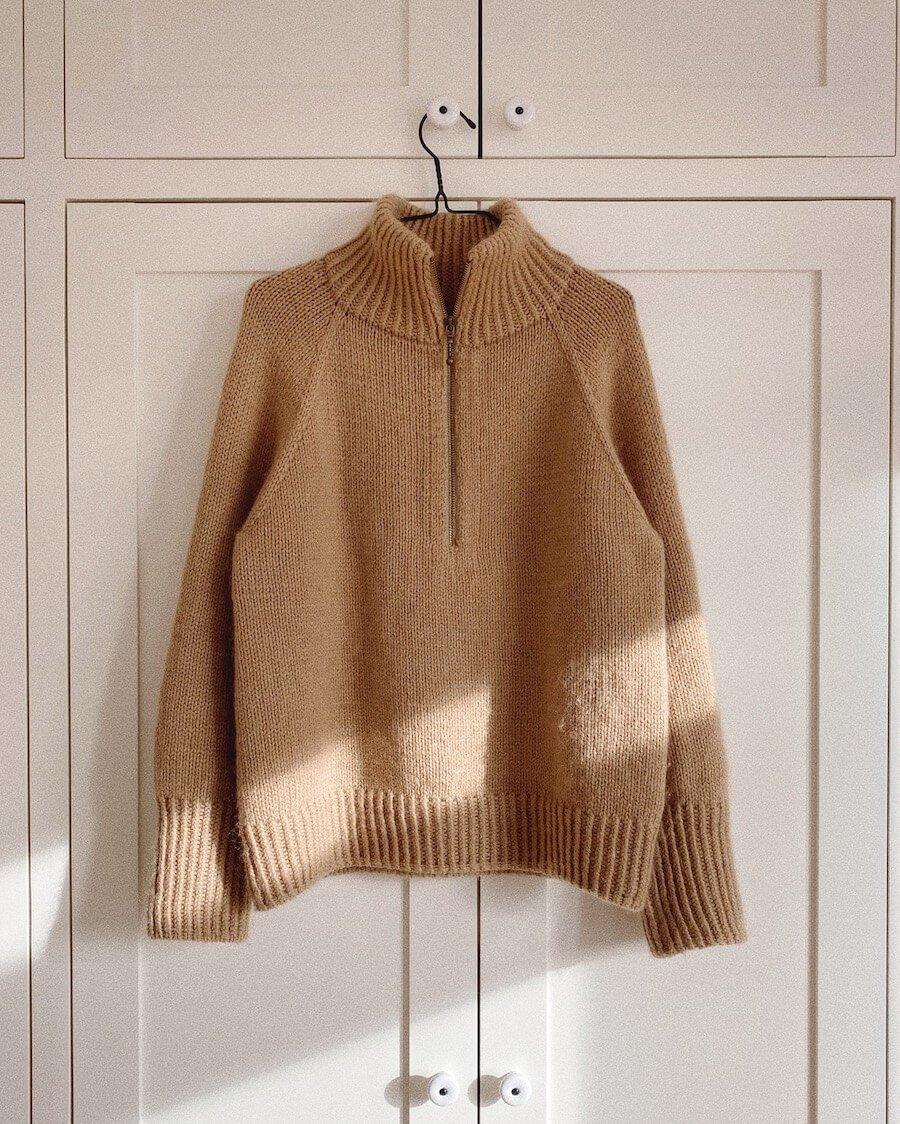 Zipper Sweater Woman by PetiteKnit pattern English