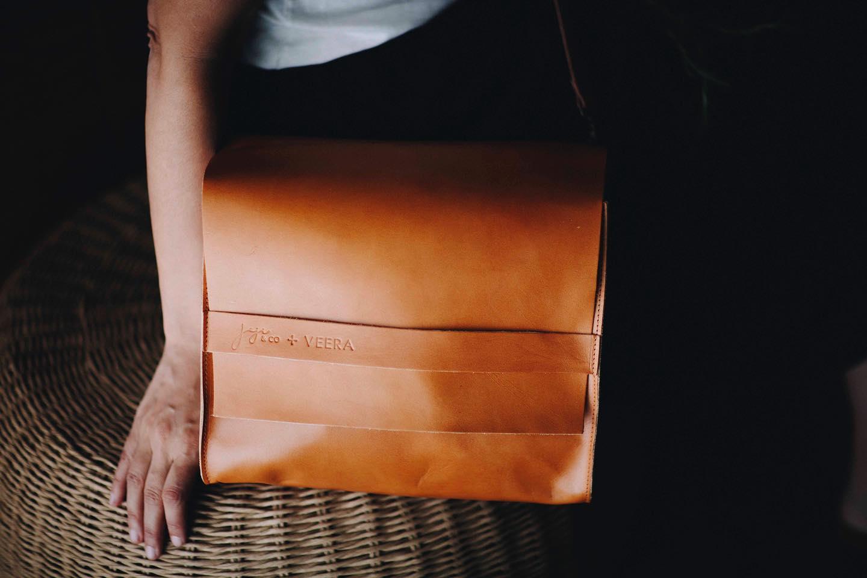 Joji & Co. Veera Saddle Bag brown