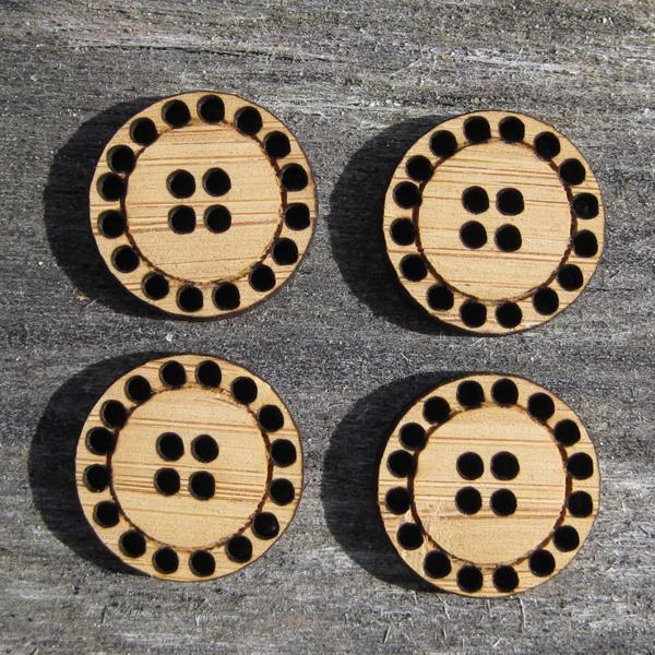 20 Hole Button, 3.2 cm