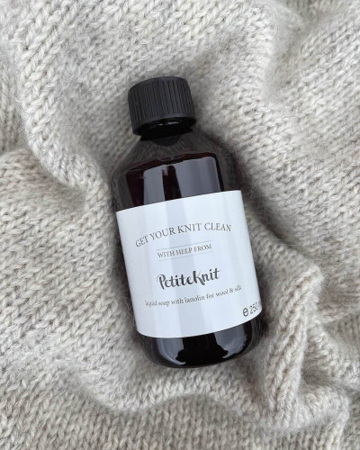 PetiteKnit- liquid soap for wool and silk