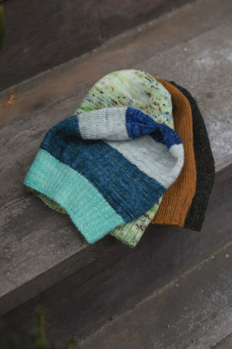 Knit: World's Easiest Hat