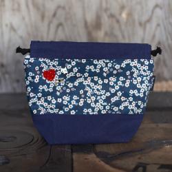 Nova Melina Neulepussi 2. Kukka sininen