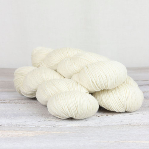 The Fibre Co. Cumbria Fingering White heather