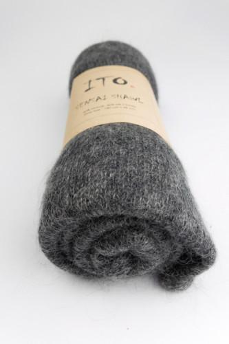 ITO Sensai -silkkimohairhuivi Top Dark Gray