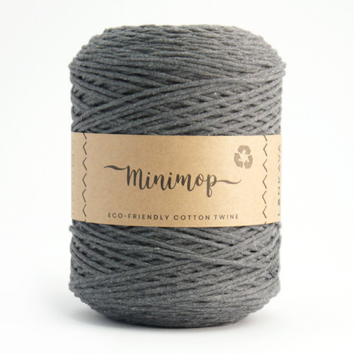 Minimop yarn 67 grey