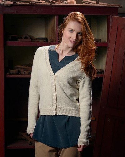 V-Neck Cardigan Knitting Pattern PDF EN