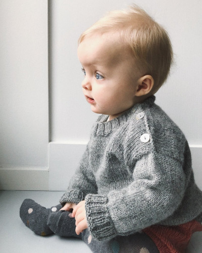 Wilfred's Sweater by PetiteKnit -neuleohje EN