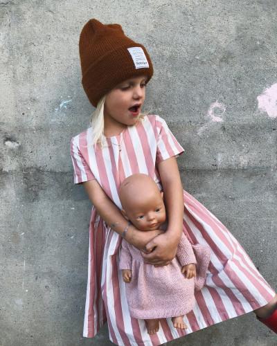 The Oslo Hat by PetiteKnit -neuleohje EN