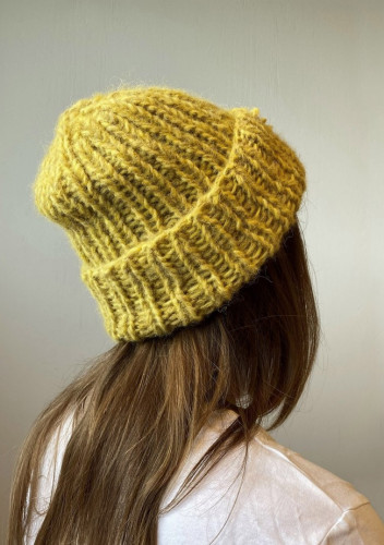 Knit: One Night Hat - Free Norwegian Pattern