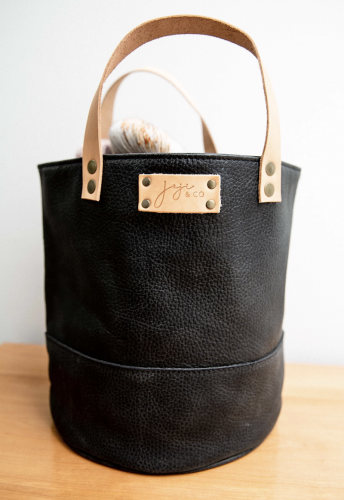 Joji & Co. PAMPA Bucket Bag black