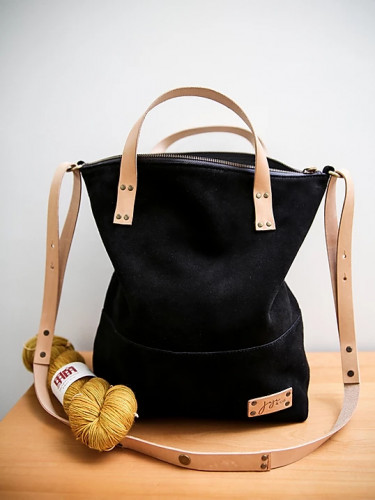 Joji & Co. EZE Convertible Backpack Black (size 2)