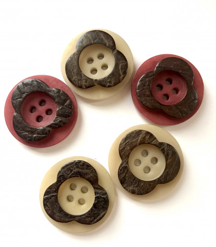 Stone nut button 23 mm