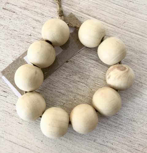 Small Wooden Beads 10 pcs - 16mm