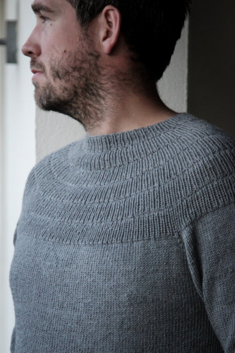 Anker's Sweater - My Boyfriend's Size by PetiteKnit pattern English