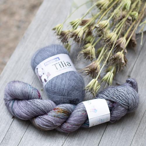 Seashore Cowl Yarn Set 2