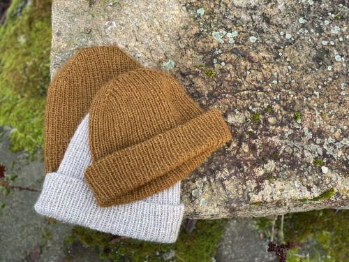 Myrsky Hat Pattern PDF and Yarns for Alpakka version