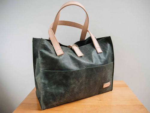 Joji & Co. Box Tote Olive