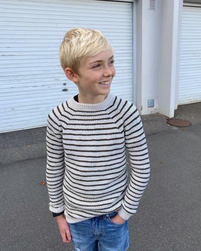 Friday Sweater JUNIOR by PetiteKnit -neuleohje EN