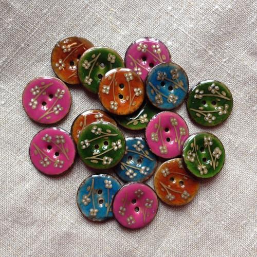 Coconut button flower button