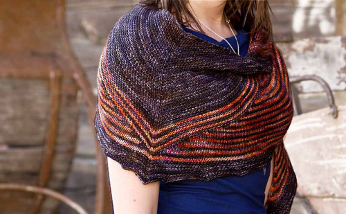 Light in Shadows Shawl Pattern PDF EN